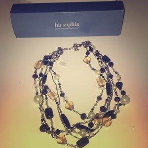 Beautiful lia Sophia necklace